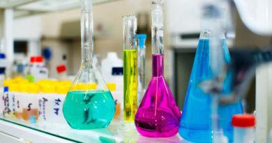 Инновации: гидрогелевый пластырь. Охлаждает и заряжает | Esmynews