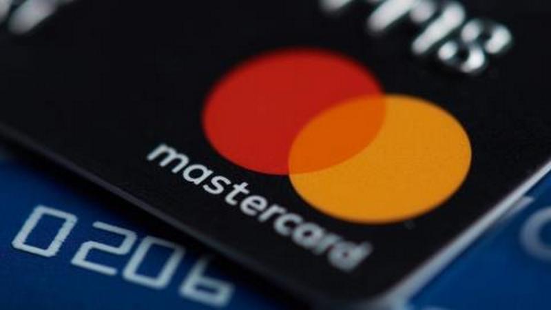 Mastercard анонсировал повышение лимита при бесконтактной оплате | Esmynews